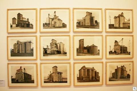 Grain silos (1984)